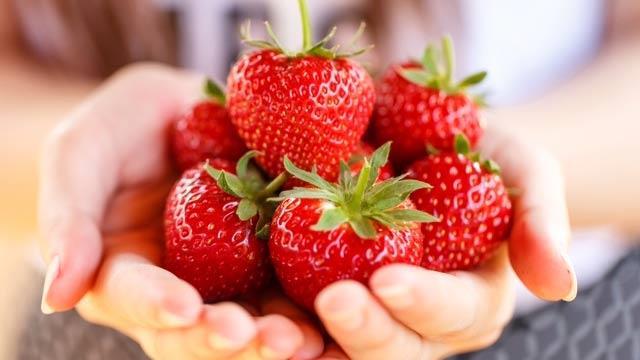 Meyve tüketirken porsiyonlara dikkat