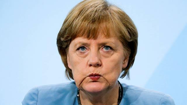 Merkel'den flaş İncirlik açıklaması