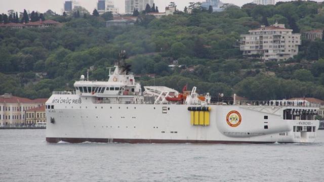 Sismik araştırma gemisi MTA Oruç Reis petrol ve doğalgaz aramak üzere Karadeniz'e açıldı