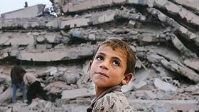 Türkiye'nin aktif deprem kuşakları üzerinde olması, bu doğal tehlikeyle yaşamanın zorunlu olduğunu gösteriyor