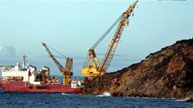 Azerbaycan doğalgazı TANAP'ın en önemli ayağını oluşturan 19 kilometrelik hat için çalışmalar Marmara Denizi'nde başladı