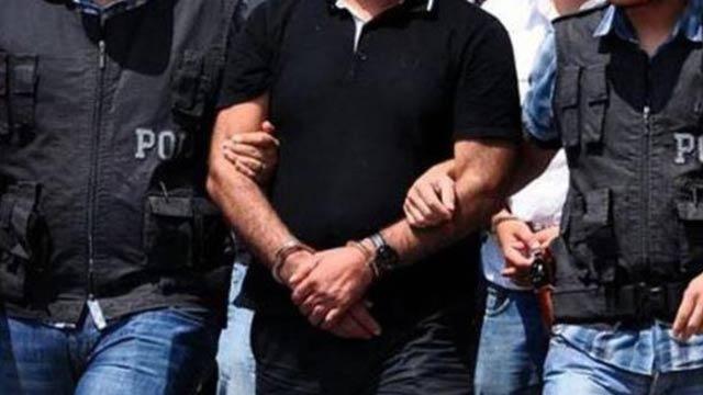 Kilit FETÖ'cü yaka paça Türkiye'ye getirildi, sorguya alındı