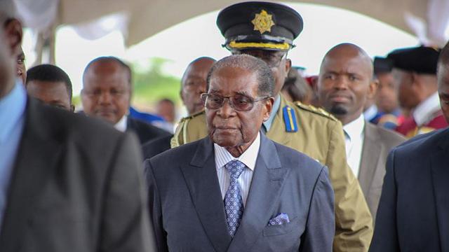 Zimbabve'de ordu yetkilileri, ikinci kez Mugabe ile bir araya gelecek