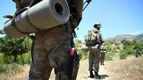 Hakkari'de teröristlerce düzenlenen roketli saldırıda 2 askerimiz şehit oldu
