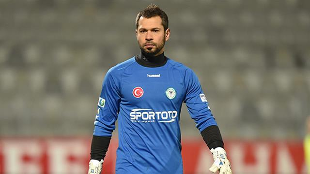 Serkan Kırıntılı Atiker Konyasporla Sözleşme Yeniledi Spor Haberi