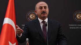 Bakan Çavuşoğlu: FBI'ın yaklaşık 15 eyalette başlattığı soruşturma var, bazı yerlerde tutuklamalar başladı