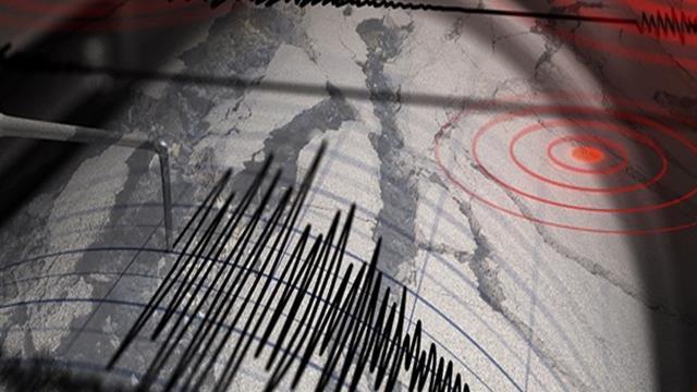 Ege Denizinde 5.4 büyüklüğünde deprem