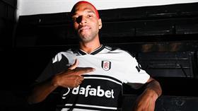 Ryan Babel sezon sonu Galatasaray'a imza atacak