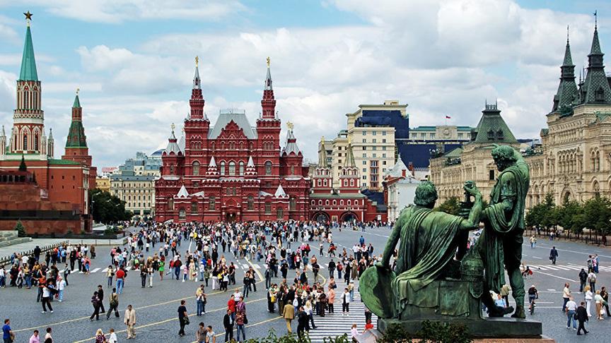 Rus halkının en güvendiği siyasetçi Vladimir Putin