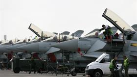 İngiltere Hava Kuvvetlerinin üçte biri uçamıyor