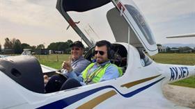 Selçuk Bayraktar pilotluk kursunu başarıya tamamladı