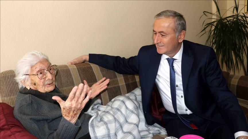 Bakan Yardımcısı Safran'dan 'eğitim çınarına' ziyaret