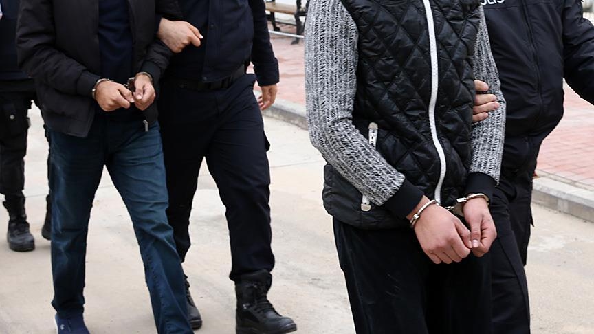 İstanbul'da FETÖ soruşturması: 6 tutuklama