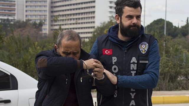İlaçla uyuttuğu kişilerin paralarını çalan cezaevi firarisi yakalandı