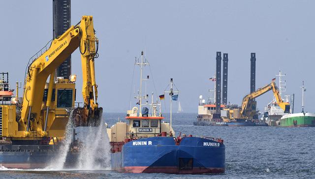 Rus gazının Almanya'ya taşıması planlanan Kuzey Akım 2'nin yüzde 20'si tamamlandı