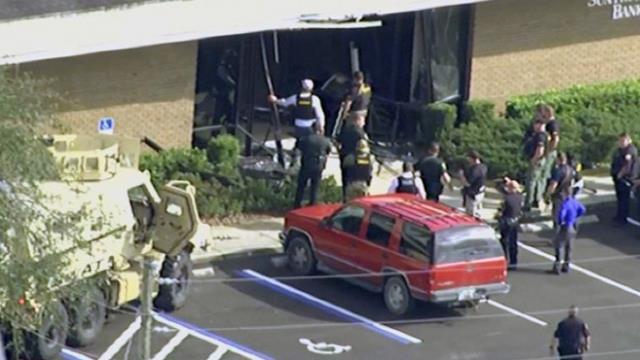 ABD'nin Florida eyaletinde bir bankaya silahlı saldırı düzenlendi