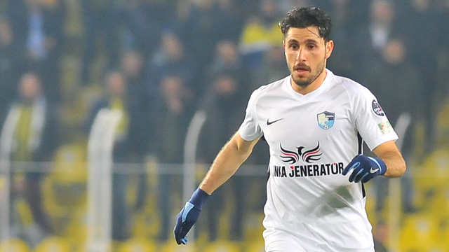B.B. Erzurumspor'da Özer Hurmacı'nın sözleşmesi feshedildi