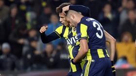Zenit'i evinde 1-0 mağlup eden Fenerbahçe, tur için avantajı kaptı