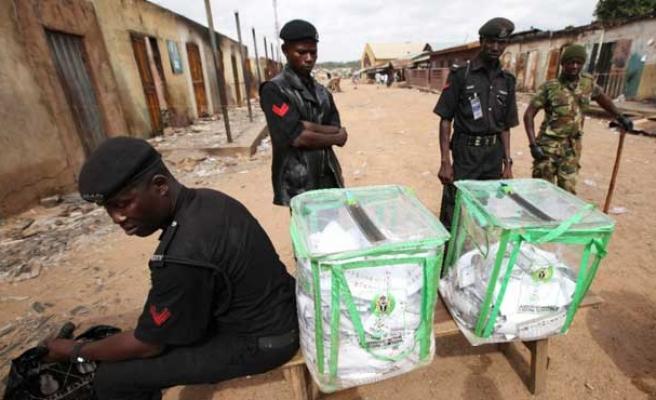 Nijerya'da seçimler ertelendi