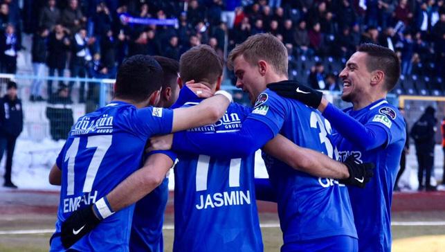 Erzurumspor kazandı ligde kalma inadını sürdürdü
