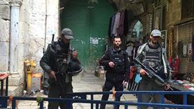 Terör devleti İsrail'in kapattığı Mescid-i Aksa yeniden açıldı