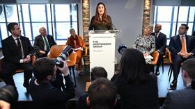 İngiltere'de İşçi Partisinden 7 milletvekili istifa etti