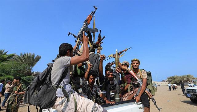 Yemen hükümeti: Husiler 28 yardım tırını alıkoydu