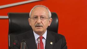 Adana'da CHP Büyükşehir Belediye Meclis Üyesi Ahmet Işık zehir zemberek sözlerle istifa etti