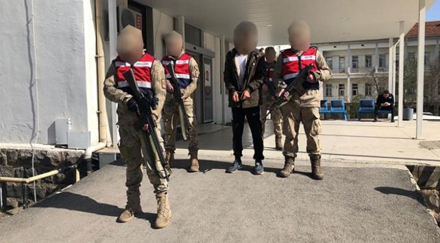 İzmir Torbalı'da metropollere bombalı saldırı için görevlendirilen terörist yakalandı