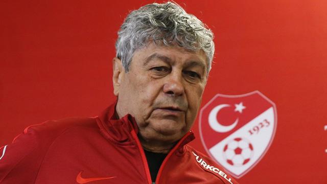 Mircea Lucescu: Galatasaray'ın Benfica karşısında çıkan 11'ine bakın, tamamı yabancı