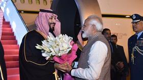 Hindistan Başbakanı Narendra Modi, Selman için protokolü yıktı