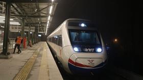 Yüksek hızlı tren ilk defa Avrupa Yakasına geçti