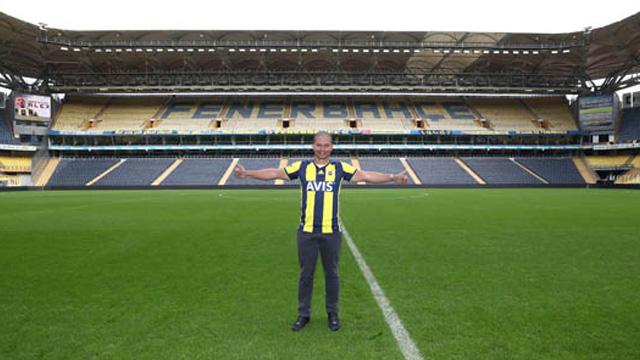 Ali Koç'tan Alex'e 'futbol direktörlüğü' görevi