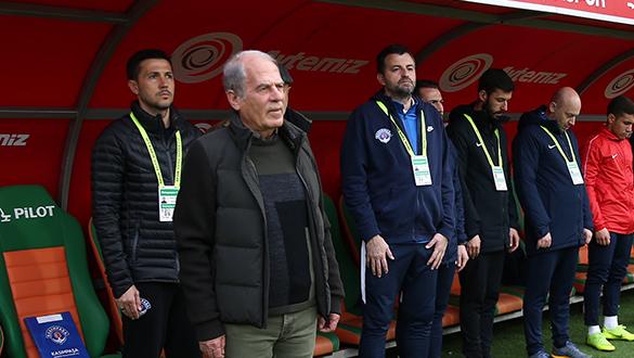 Mustafa Denizli: Başkanımızla da paylaşacağım