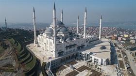 Çamlıca Camii'nde ilk ezan için tarih belli oldu!