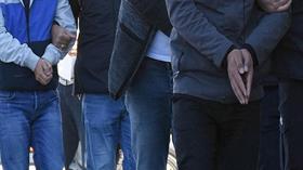 İzmir'de terör örgütü PKK ile irtibatlı olduğu tespit edilen 10 şüpheli yakalandı