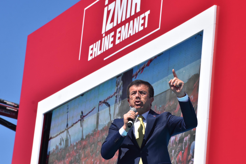Nihat Zeybekci'den İzmirlilere müjde: Yüzde 50 suya indirim getireceğiz