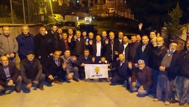 25 kişi CHP'den toplu istifa edip AK Parti'ye katıldı