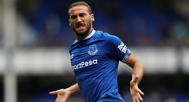 Kevin Campell: Everton, Cenk Tosun'un yerine forvet bakmalı