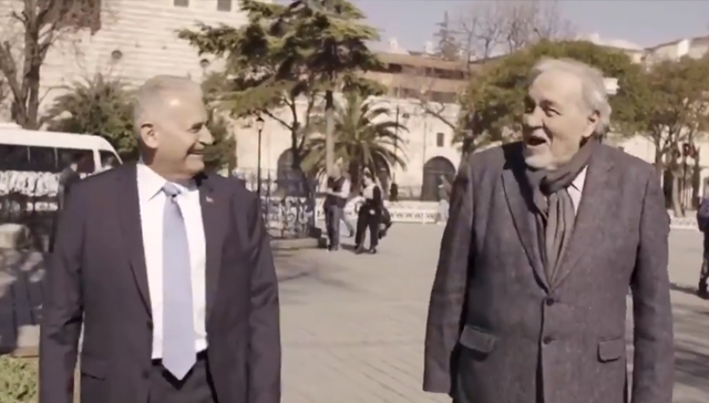 Binali Yıldırım ünlü tarihçi Ortaylı ile Sultanahmet videosu büyük beğeni topladı