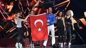 'Türk bayrağı Tel Aviv'de sahnede olacak'