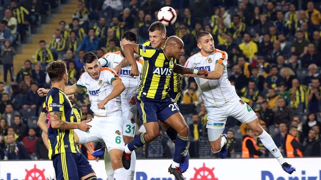Fenerbahçe çıkış arıyor! Alanyaspor-Fenerbahçe muhtemel 11'ler