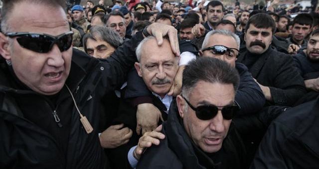 Kılıçdaroğlu'na saldırıda gözaltına alınan 4 kişi adli kontrol şartıyla serbest bırakıldı