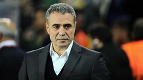 Fenerbahçe'nin sezon sonunda Ersun Yanal ile yollarını ayıracağı iddia ediliyor