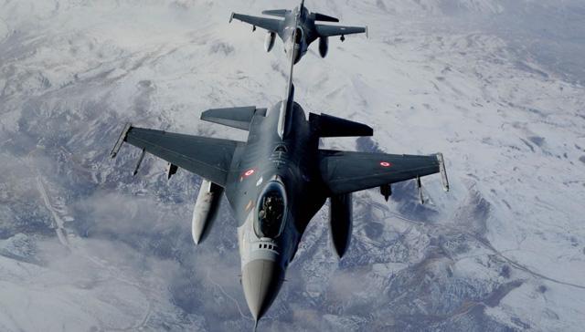 TSK, Irak'ın kuzeyinde teröristlerin silah mevzisi ve barınaklarını vurdu