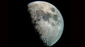 Çin, 10 yıl içerisinde Ay'a üs kuracağını açıkladı