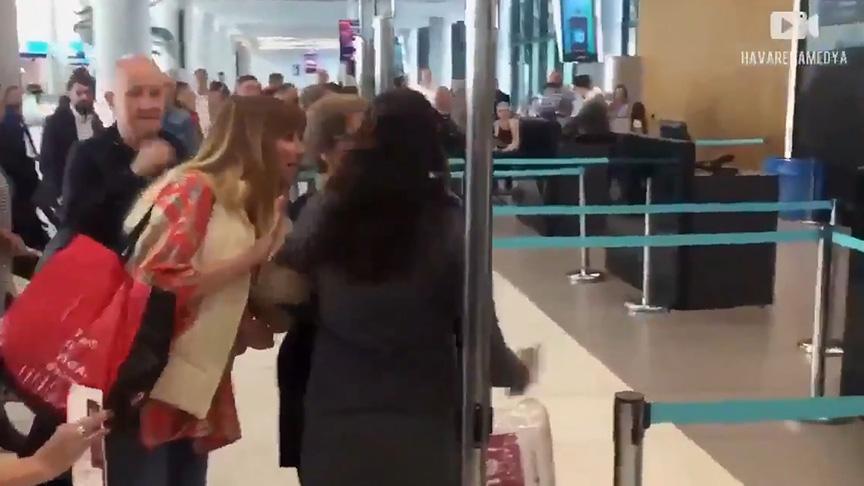 Havalimanında tepki çeken görüntü! Görevliye hakaretler yağdırdı