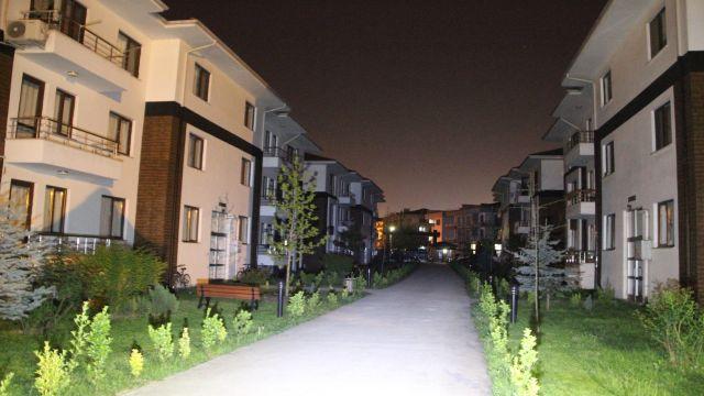 Çocuk istismarını protesto için Düzceliler ışık kapattı