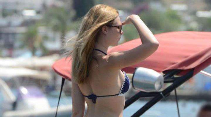 Chloe Loughnan, paylaşımıyla kendisi hakkında yapılan eleştirilere adeta 'Hodri meydan' dedi.