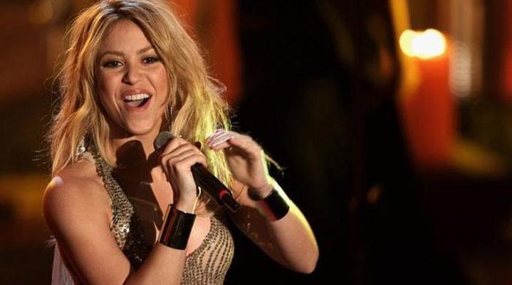 """Son albümü ile aynı adı taşıyan 6'ncı dünya turnesi """"EL Dorado"""" kapsamında İstanbul'a gelecek olan dünyaca ünlü sanatçı Shakira, 11 Temmuz akşamı İstanbul'da hayranlarıyla buluşacak."""